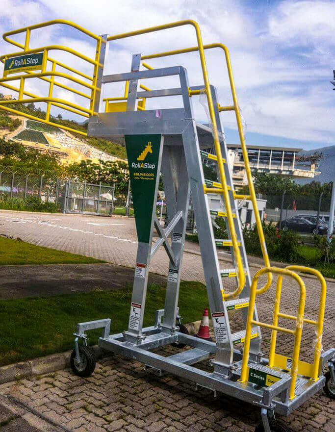 C Series Mobile Cantilever Work Platform