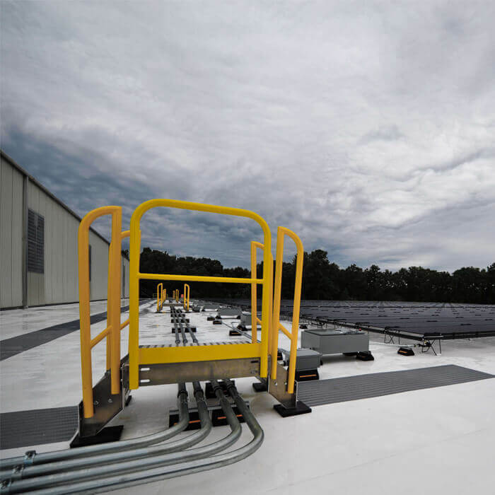 Outdoor Aluminum Crossover Stairs for Maintenance on Solar Panel Rooftop