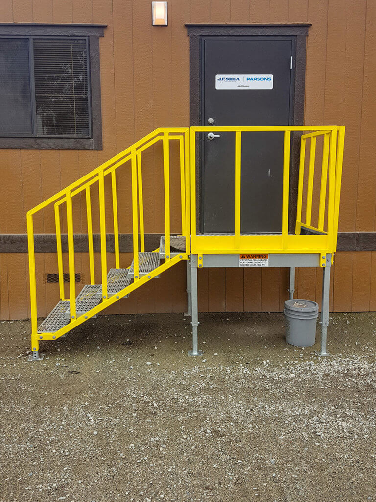 Portable 5 step left access stair unit, OSHA compliant
