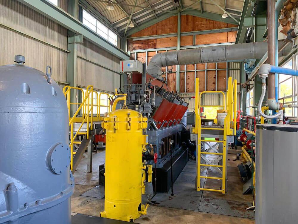 Work Platform Access for Safe Diesel Engine Maintenance