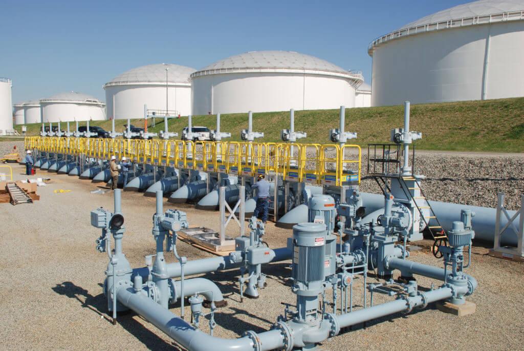 Metal Work Platform for Pipeline