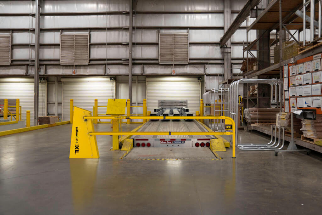 YellowGate XL swing gate