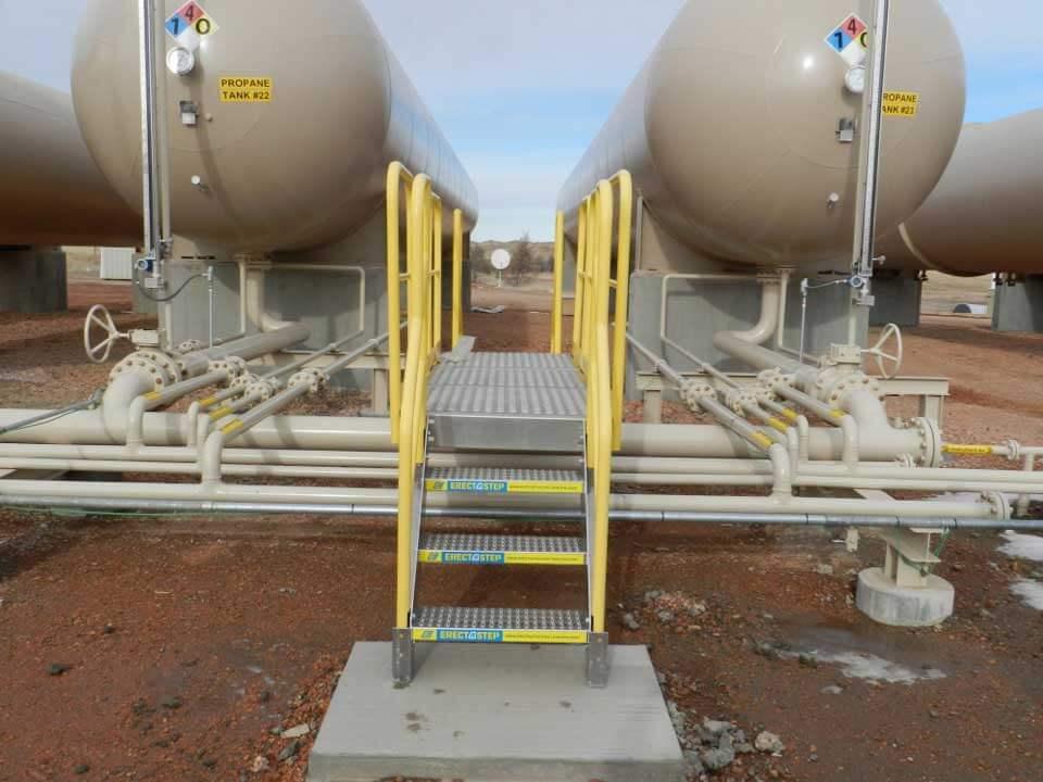 Aluminum Crossover Stairs