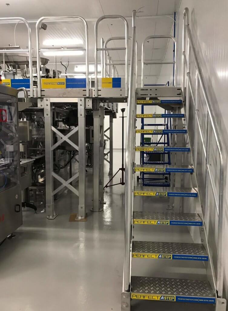 Metal Stairs With Work Platform