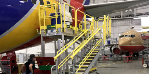 Aviation aft maintenance platforms